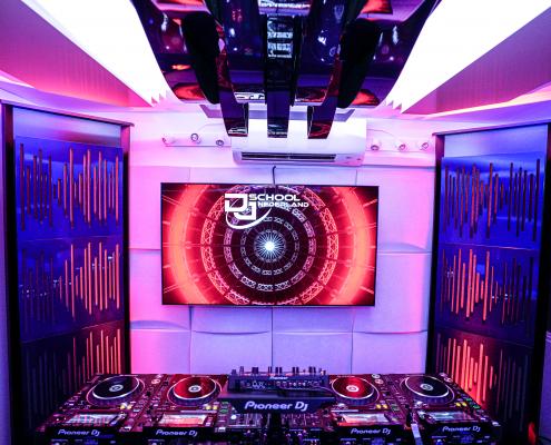 DJ SCHOOL NEDERLAND, PIONEER DJ